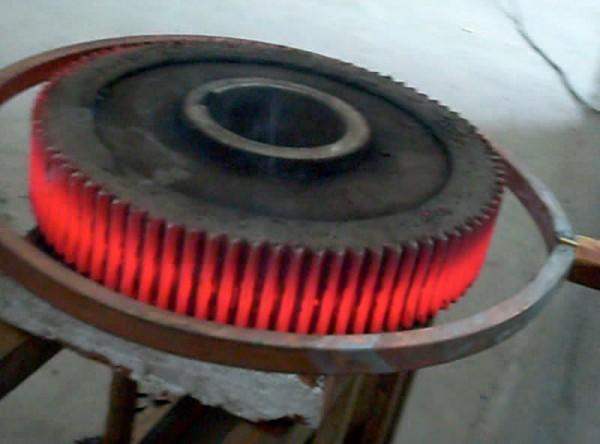 为什么采用中频电源对工件进行二次淬火?